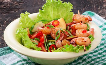Salad with Pineapple, Avocado and Shrimp