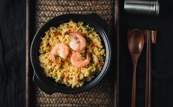 Seafood vegetable paella